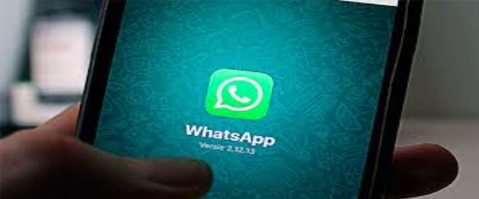 How To Spy On WhatsAppchatting1